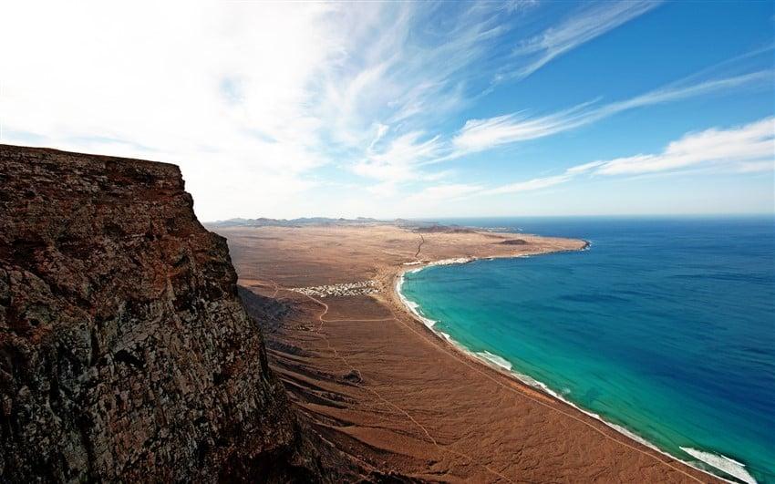 Avrupa'nın En İyi Tatil Adaları Lanzarota, İspanya