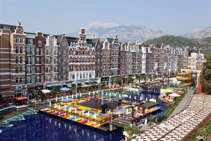 Türkiye'deki Farklı Tasarımda Oteller Orange County Resort Hotel