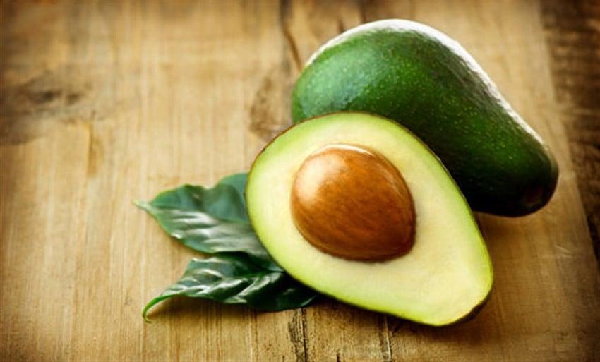 En Sağlıklı 10 Süper Yiyecek avokado
