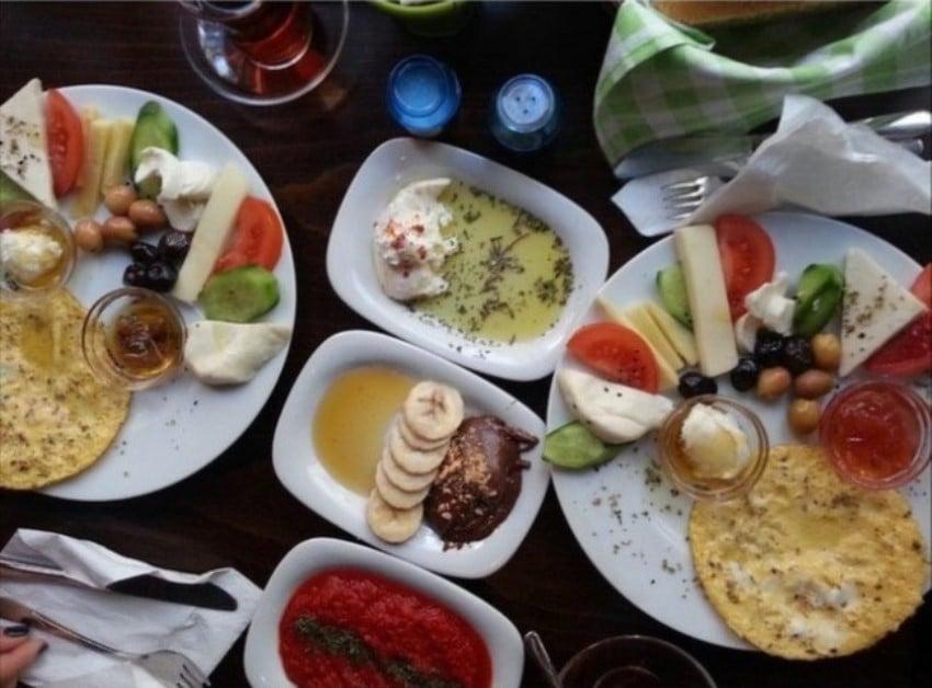 Kadıköy'deki Kahvaltıcılar Tosbağa Cafe