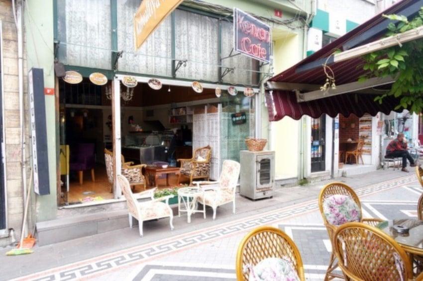 Kadıköy'deki Kahvaltıcılar Kervan Cafe