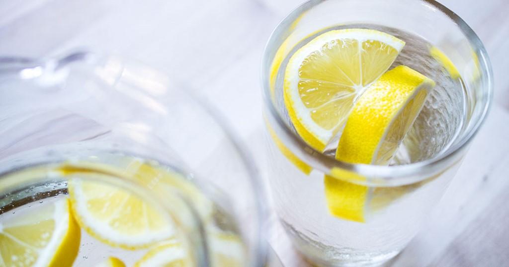 Limonlu Suyun Faydaları Limonlu Su Tarifi