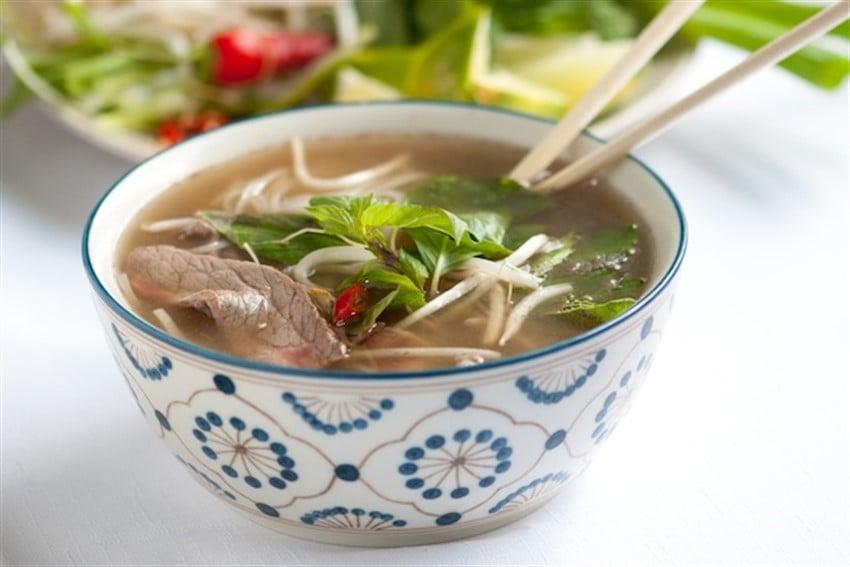 Vietnamese-Pho-Recipe-1 (850 x 567)