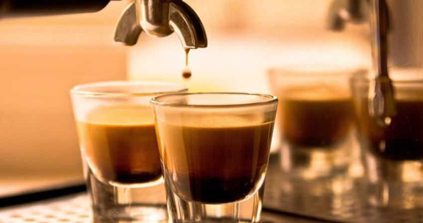 İçtiğin Kahveyi Söyle Sana Kim Olduğunu Söyleyelim Triple Espresso