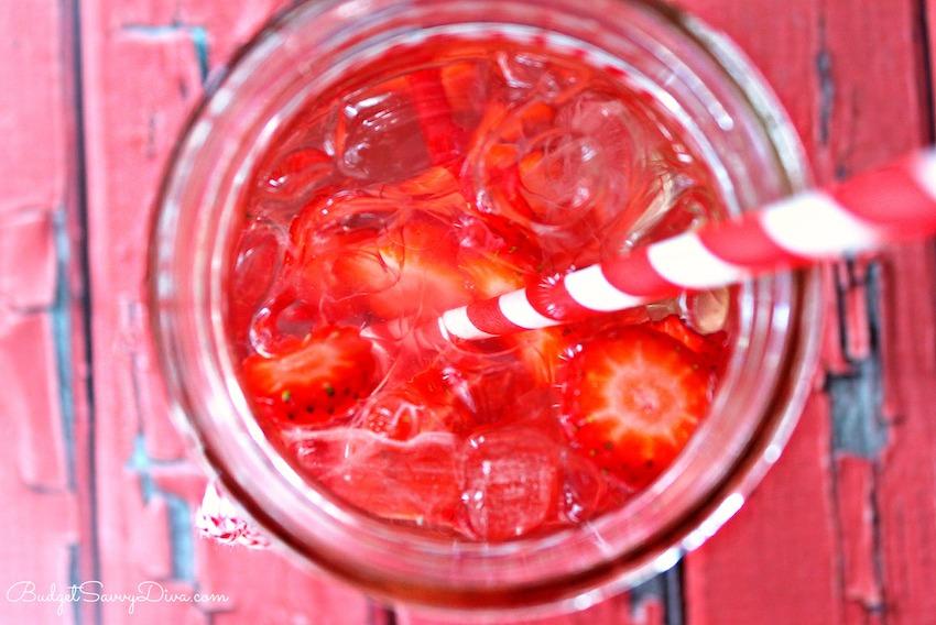strawberry-watermelon-detox-water1-850-x-913.jpg