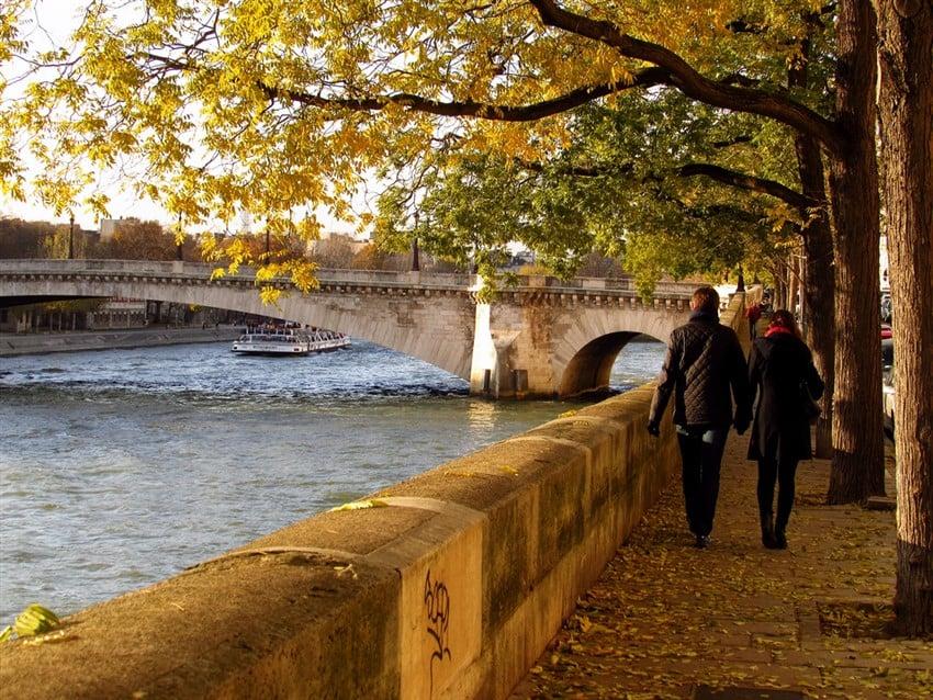 Aşk Şehri Paris'te Sevgilinizle Yapabileceğiniz Şeyler Seine Nehri