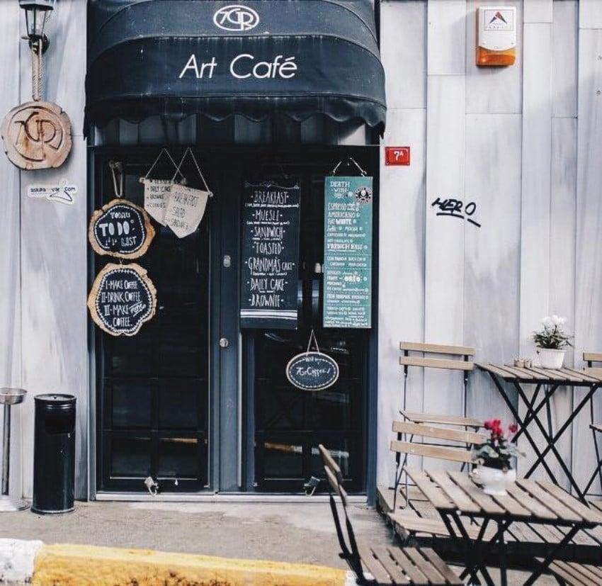 7 Gr Art Cafe