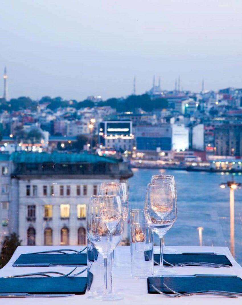 İstanbul'da En Romantik Mekanlar Zelda Zonk