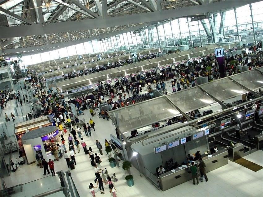 Gezginler Dünyayı Nasıl Görüyor? havaalanı