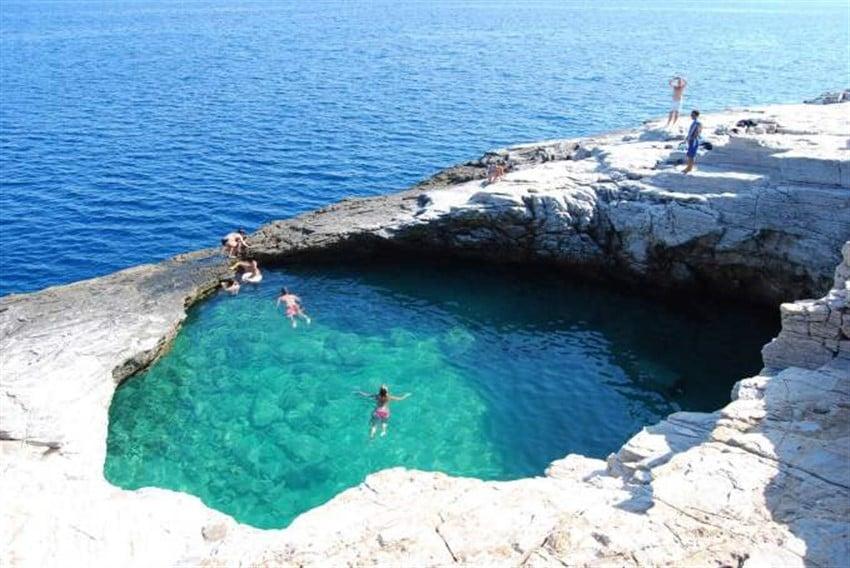 Giola, Yunanistan