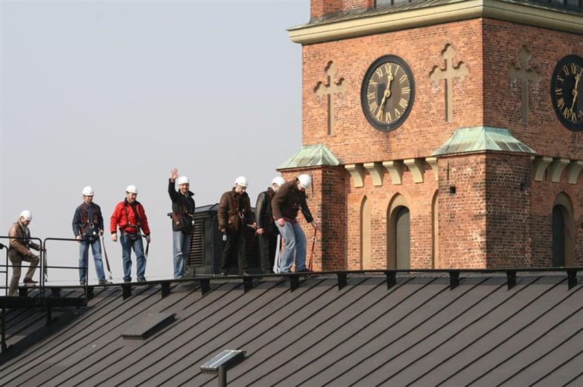 Stockholm Çatılarında Yürüyüş