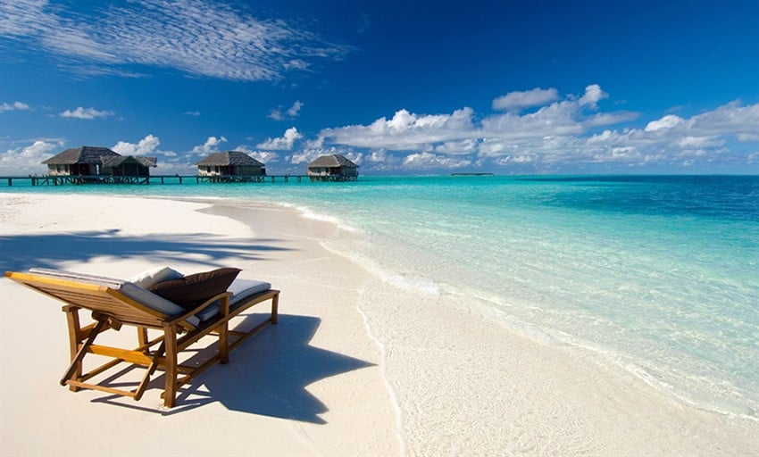 Maldiv Sahilleri, Madivler