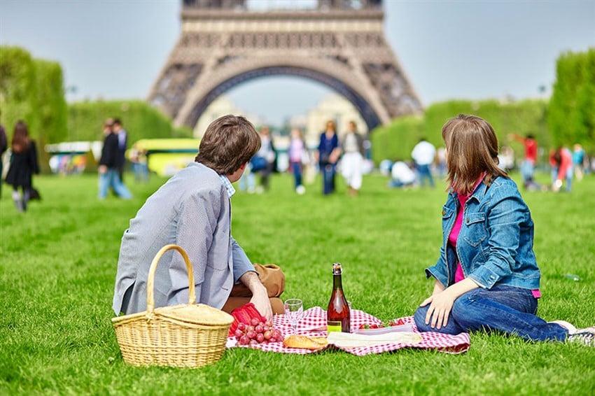 Piknik, Eyfel Kulesi, Paris