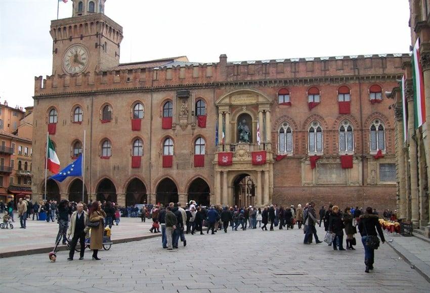 İtalya Hakkında Bilmeniz Gereken 22 Şey Bologna Üniversitesi