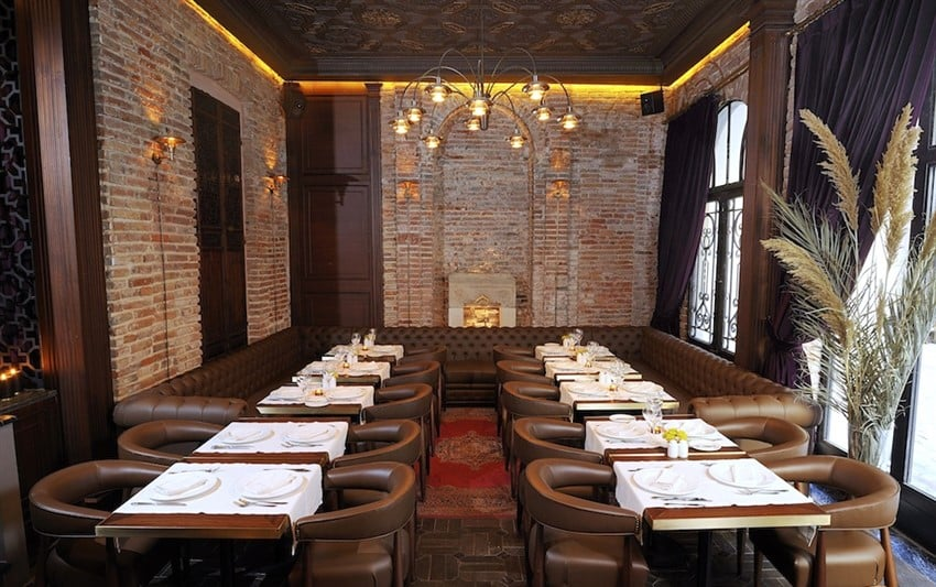 Georges_Hotel_Istanbul_Boutique_Hotel-French_Restaurant_Le_Fumoir (850 x 533)