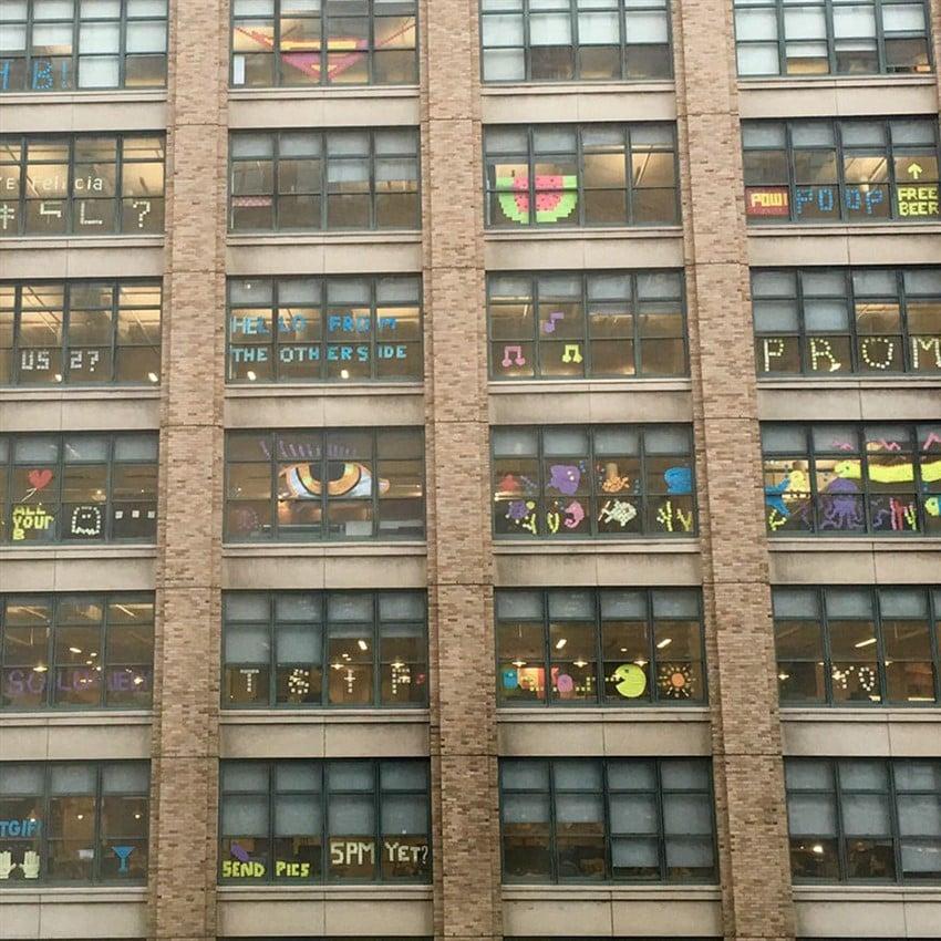 2 Farklı Ofisten Post-it Savaşları (3)