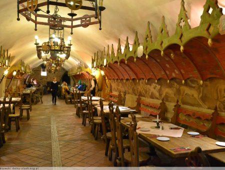 Avrupa'nın en eski restoranı! Piwnica Swidnicka, Wroclaw! ( Restoran Önerisi )