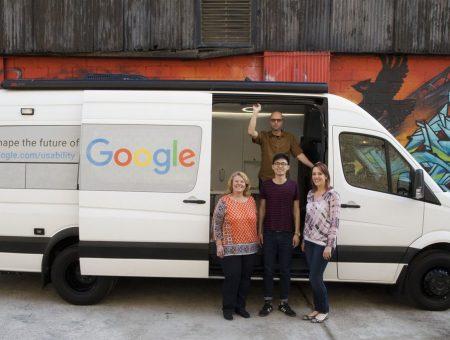 Google Beyaz Minibüsü ile Yollarda