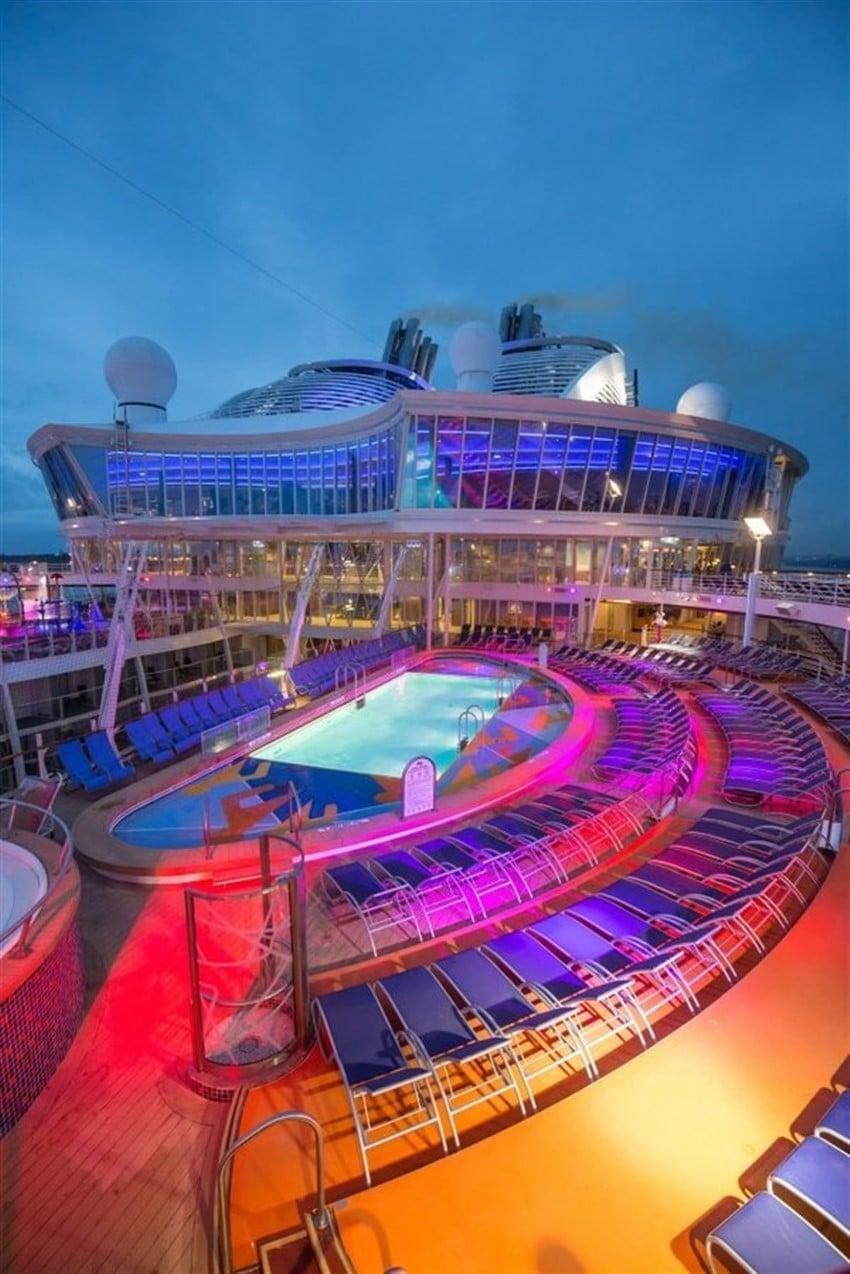 Dünyanın En Büyük Cruise Gemisi Harmony of the Seas (2)
