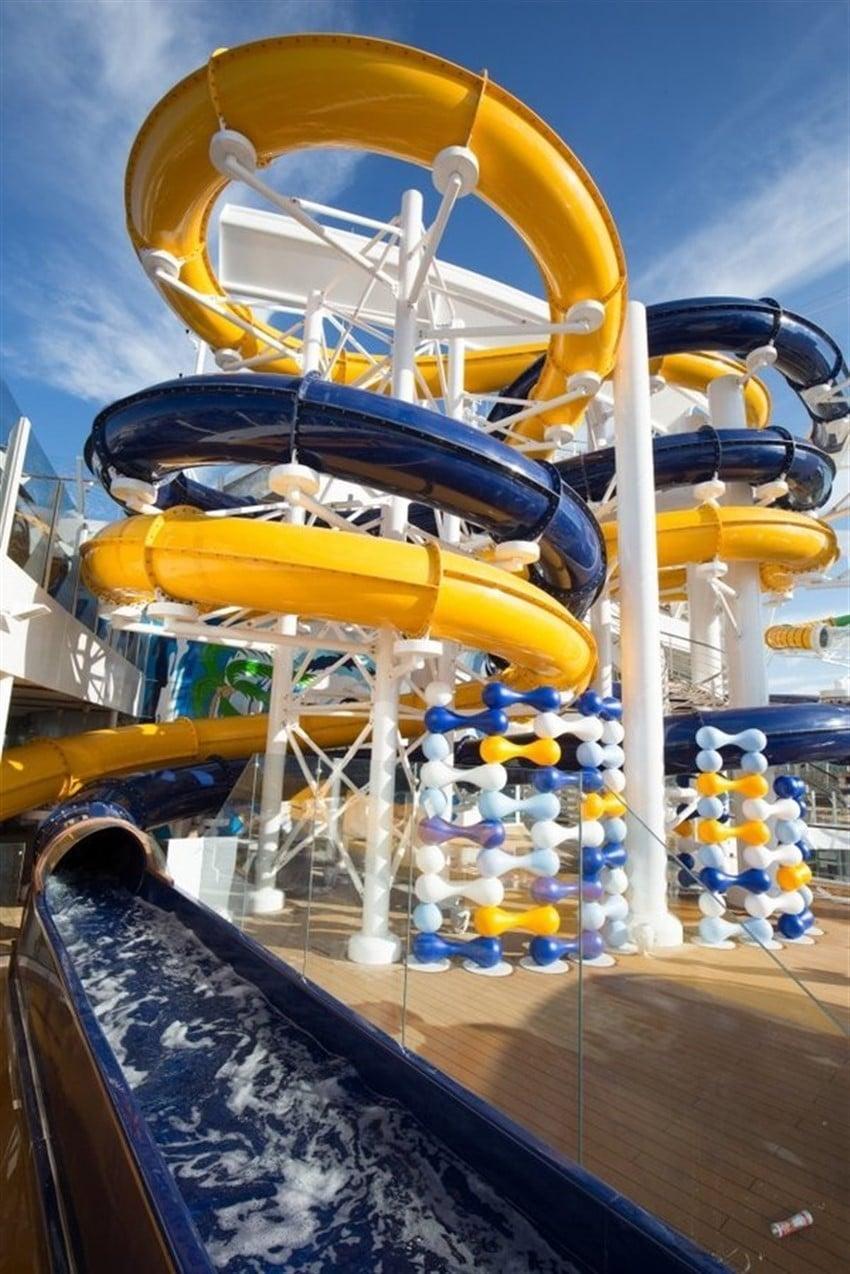 Dünyanın En Büyük Cruise Gemisi Harmony of the Seas (5)