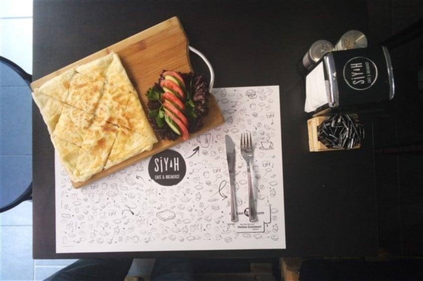 Siyah Cafe & Breakfast