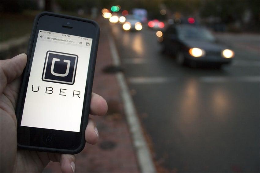 Dünyadaki En İyi Taksi-Sürücü Uygulamaları Uber