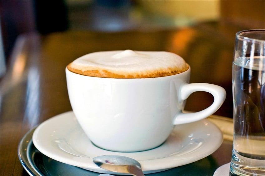 İtalyan Kahve Kültürü Turist Rehberi İtalya cappuccino