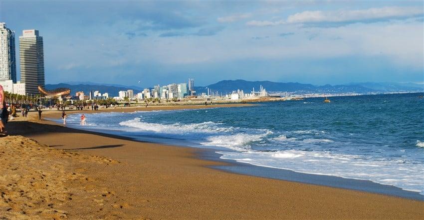 Deschenes.Barcelona.Shoreline (850 x 441)