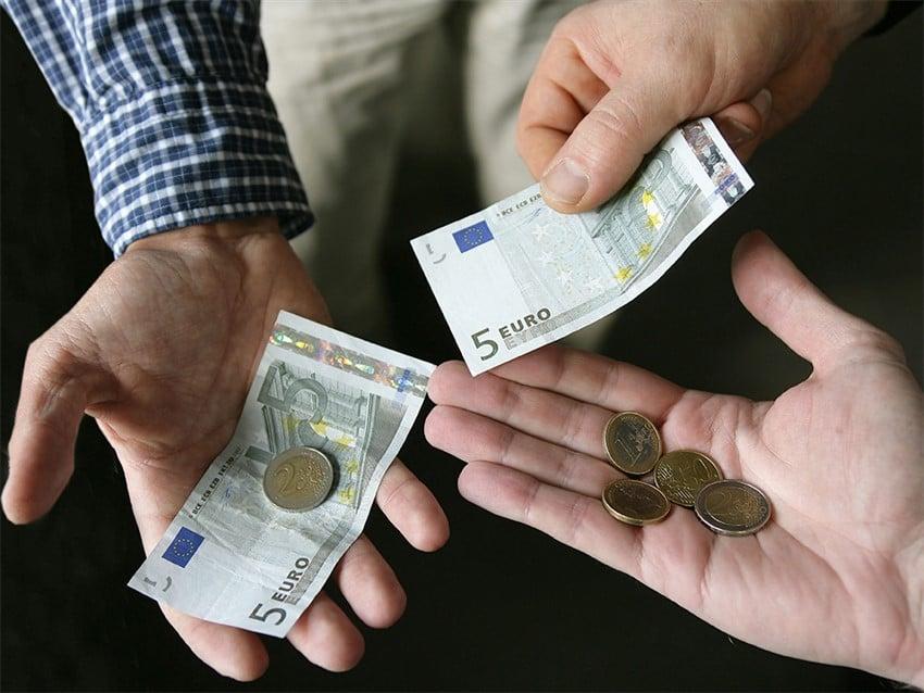 İtalya'da Daha Az Para Harcamanız İçin Tüyolar Europe-minimum-wage2 (850 x 638)