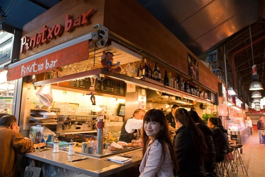 Barselona'da En İyi Tapas Mekanları Pinotxo Bar
