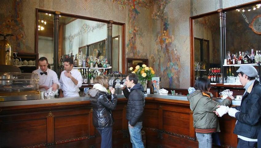 İtalyan Kahve Kültürü Turist Rehberi bar-zucca-visione-insieme-zucca-in-galleria-milano.1