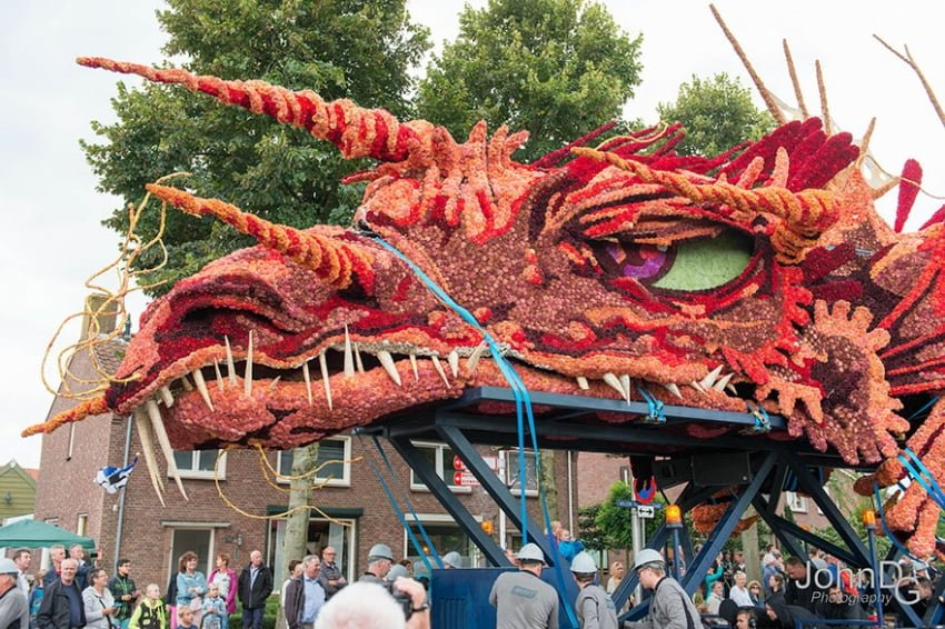 flower-sculpture-parade-corso-zundert-2016-netherlands-42