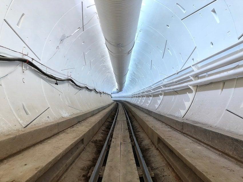 Elon Musk, Yüksek Hızlı Tünel Seyahat için Tarih Verdi