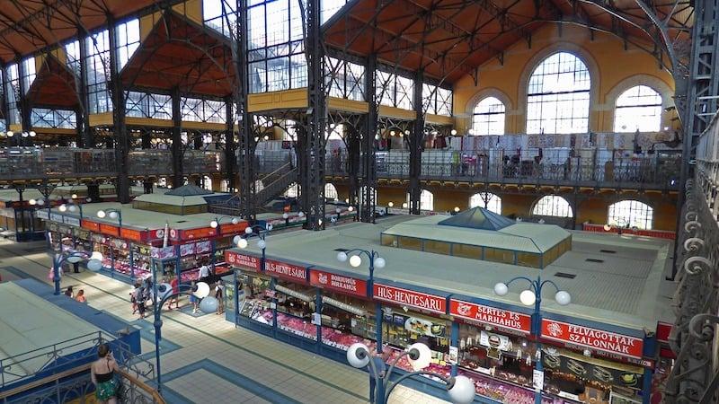 Budapeşte Büyük Market (Central Market Hall)