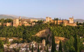 Granada Dil Okulları