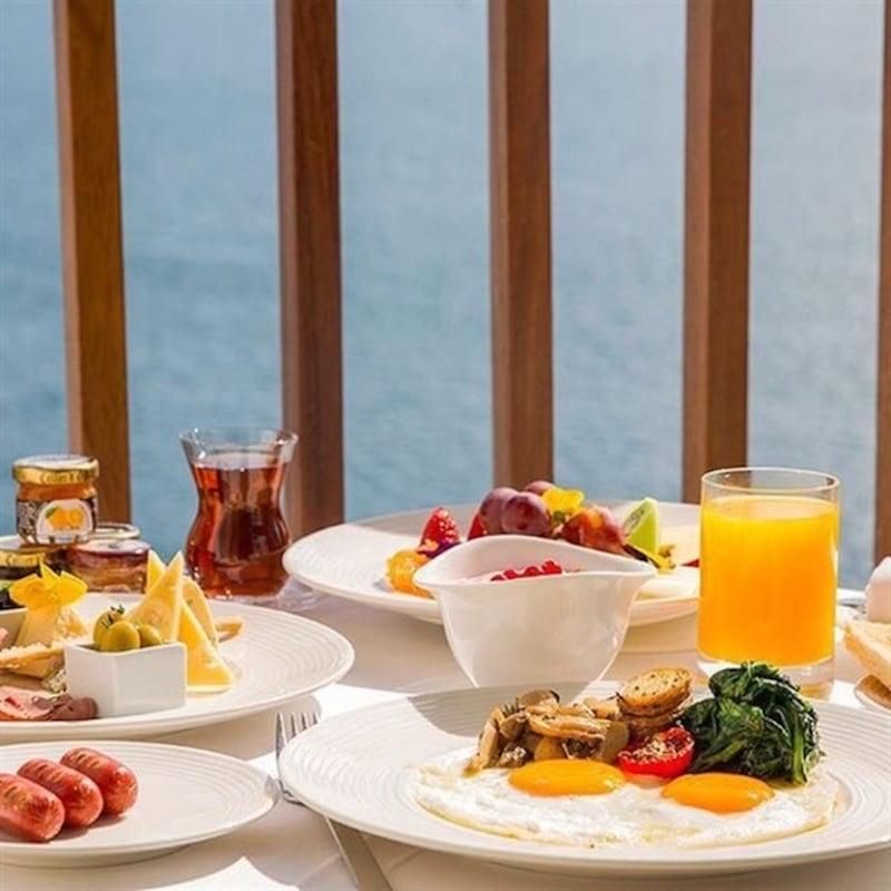 İstanbul'da Açık Büfe Kahvaltı The Brasserie