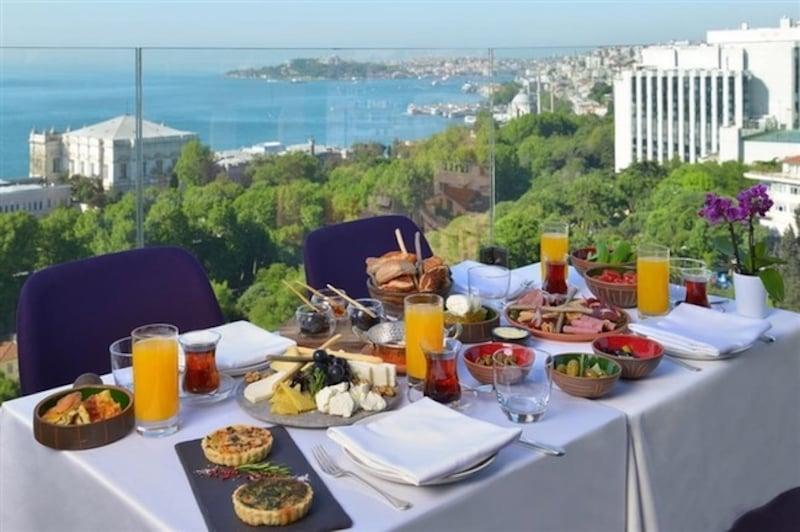 İstanbul'da Açık Büfe Kahvaltı Vogue