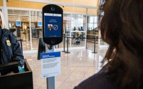 Amerika'nın İlk Biyometrik Havaalanı Terminali Tüm Yolculara Resmi Olarak Açılıyor