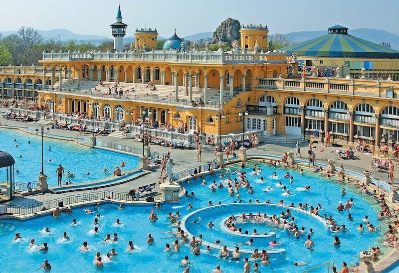 Széchenyi Banyoları