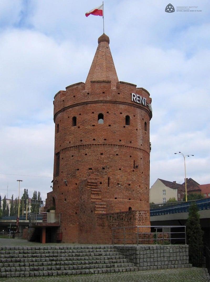 Szczecin Yedi Pelerin Kulesi