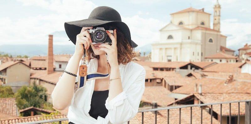 Tek Başına Seyahat Fotoğraf Çekmek