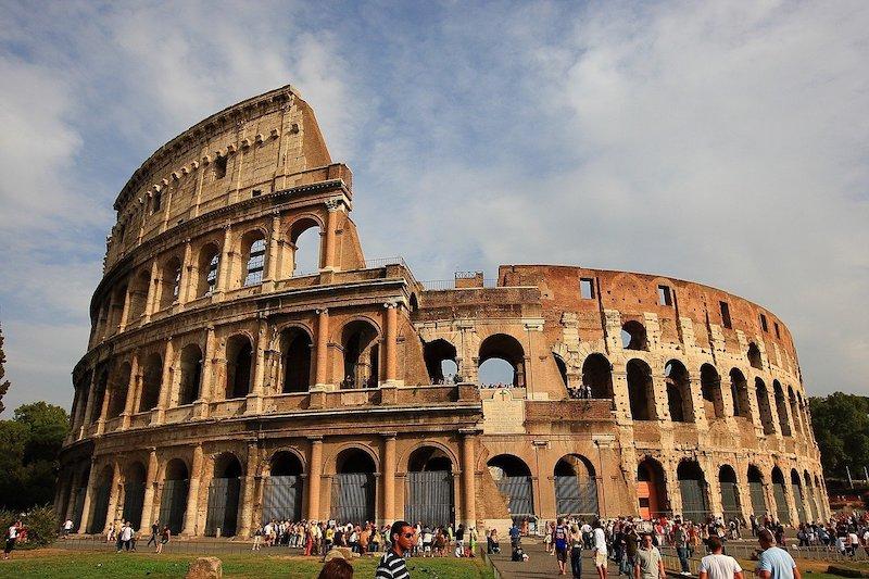 Roma Kolezyumu (Roma)